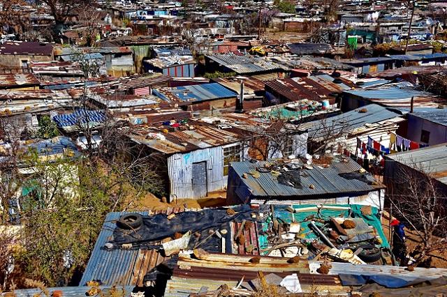 Htten aus Wellblech in Soweto, Johannesburg, Sdafrika