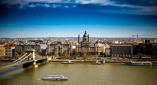 Chain Bridge - Danube, Budapest